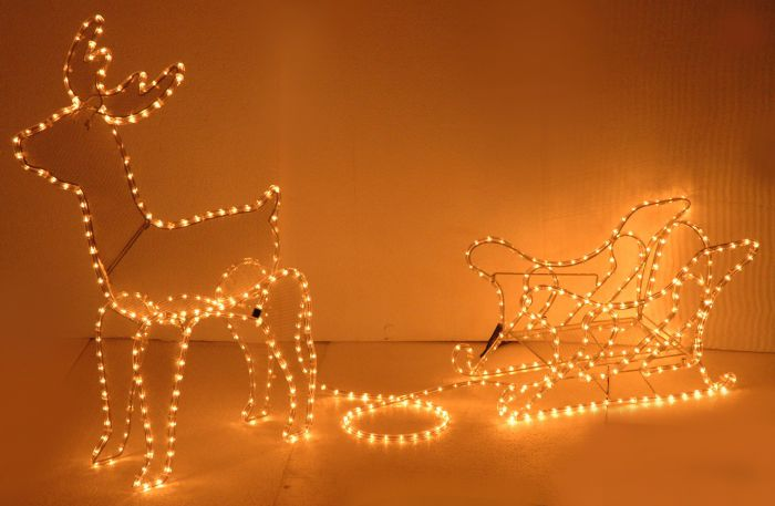LED-Schlauch-Rentier-mit-Schlitten